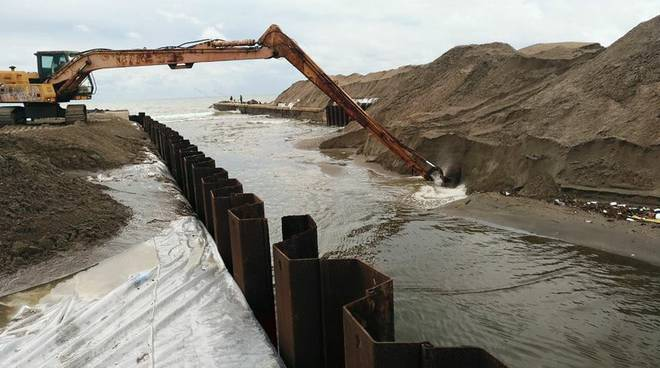 ostia canale dei pescatori lavori polemica ditta Sama