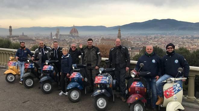 Vespa club fondi rientrati gli equipaggi del 20 cimento for Vespa club volta mantovana