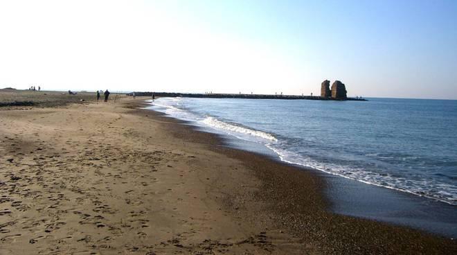 Ladispoli erosione spiaggia