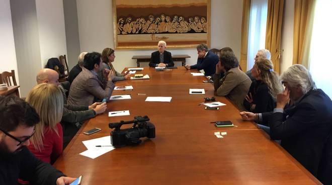 Latina vescovo Crociata incontra giornalisti