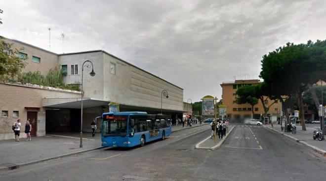 ostia piazzale stazione lido centro
