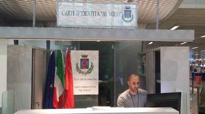Aeroporto Fiumicino carta identità al volo