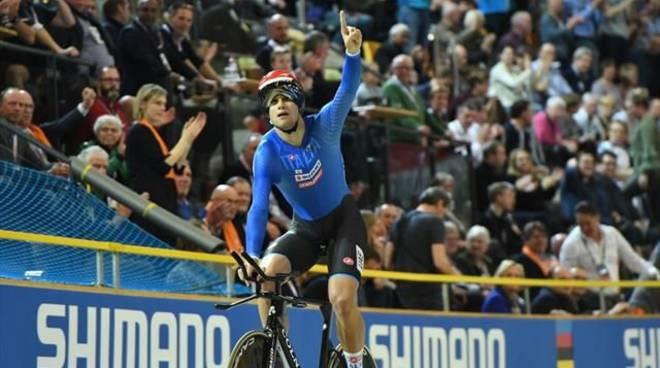 Mondiali di ciclismo su pista: Ganna è oro nell'inseguimento
