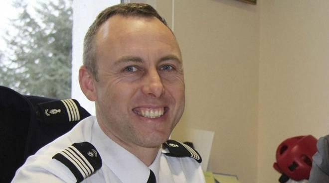 Gerard Collomb. Beltrame, 45 anni, si era offerto al terrorista al posto di una donna ostaggio