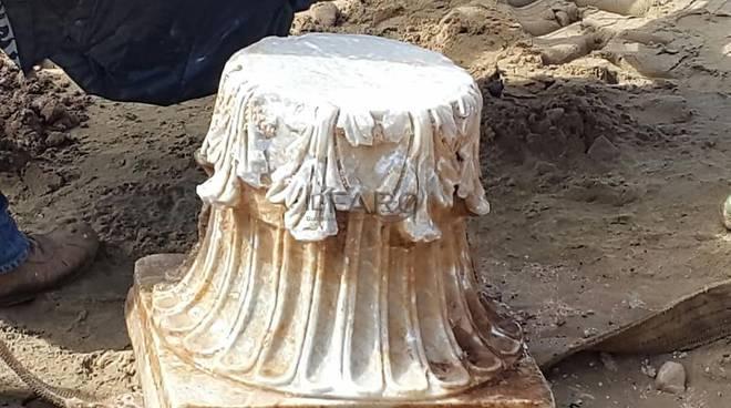 Sperlonga, ritrovato antico capitello