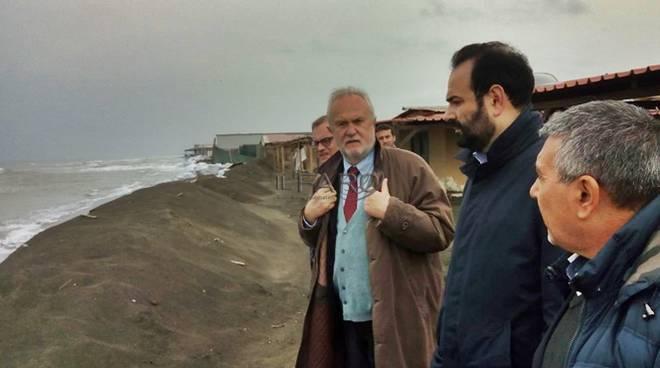 erosione a fregene, sopralluogo Montino e Alessandri