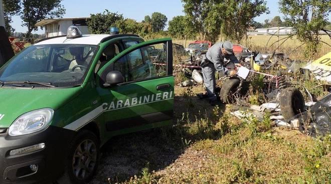 Fondi abbandono rifiuti carabinieri forestale