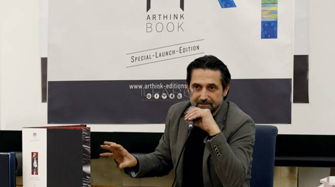 Luigi Pensiero con l'arthink-book