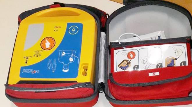 """Un defibrillatore all'Asilo nido comunale """"l'isolachenonc'è"""", Maccarese, Fiumicino"""