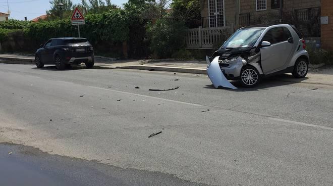 Incidente stradale Ardea_2018_05_09_Lungomare degli ardeatini