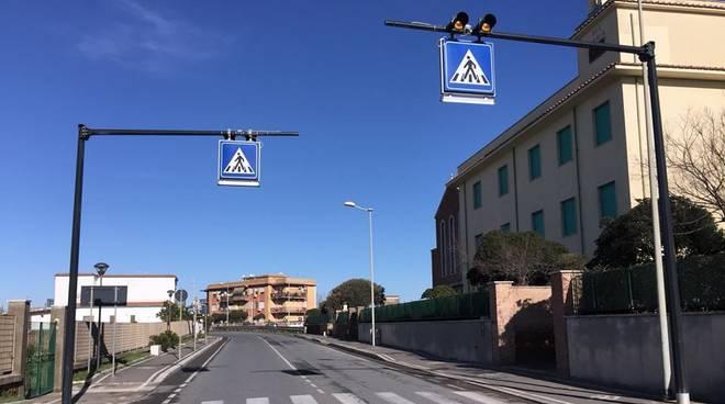 Lungomare degli ardeatini manutenzione della segnaletica stradale