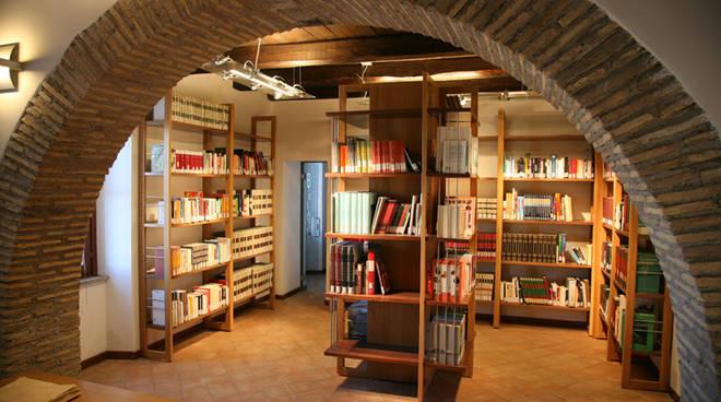 montalto biblioteca