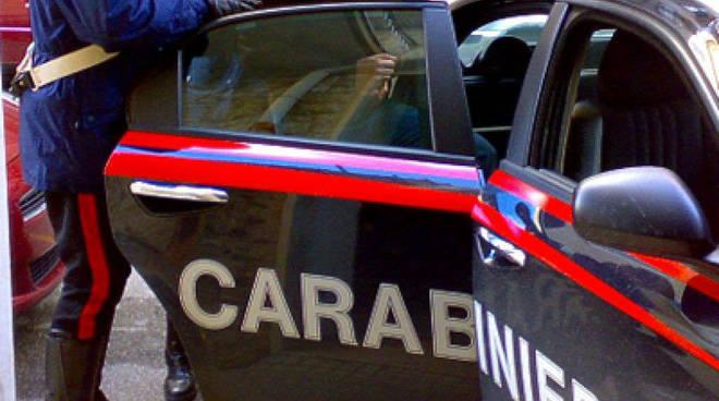 Tentano di rubare un auto sul lungomare Vespucci a Ostia 6554069d85a