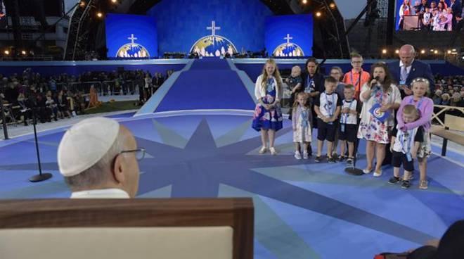 papa francesco famiglie dublino
