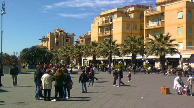 Ostia_Piazza Anco Marzio