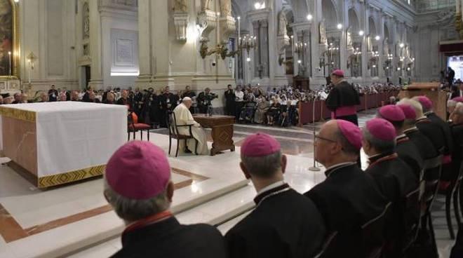 papa francesco vescovi siciliani