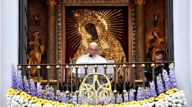 papa mater misericordie vilnius