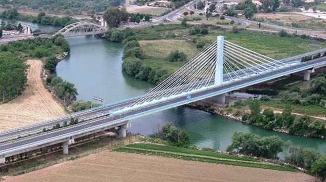 Ponte sul Garigliano