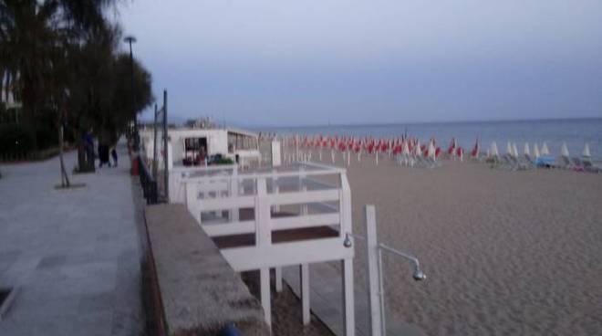 Terracina, ai disabili chiuso l'accesso al mare