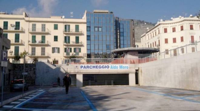 "Formia, parcheggio ""Aldo Moro"""