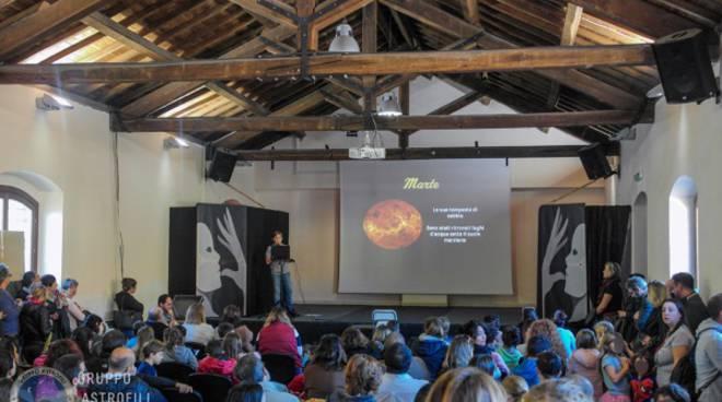 conferenza astrofilo di 12 anni