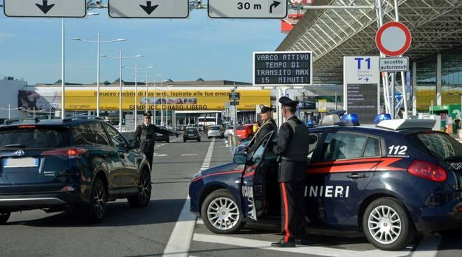 Carabinieri aeroporto