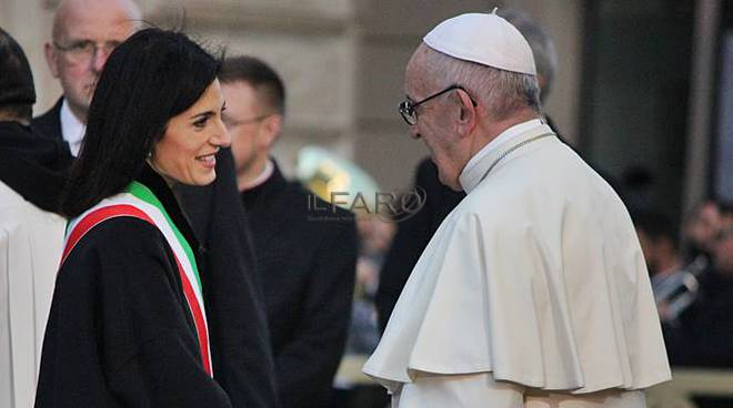 papa francesco virginia raggi