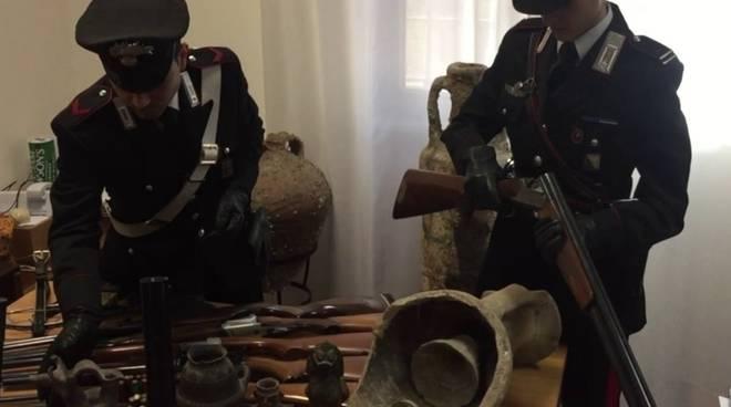 arresto armi e reperti archeologici