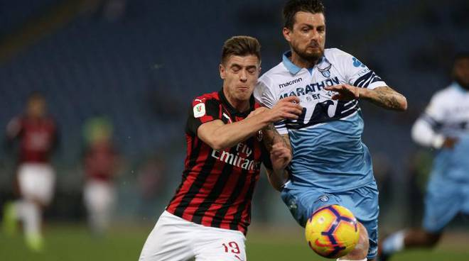 Acerbi-Piatek_Lazio Milan_2019_02_26