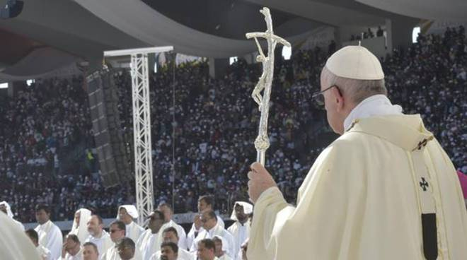 papa francesco messa abu dhabi