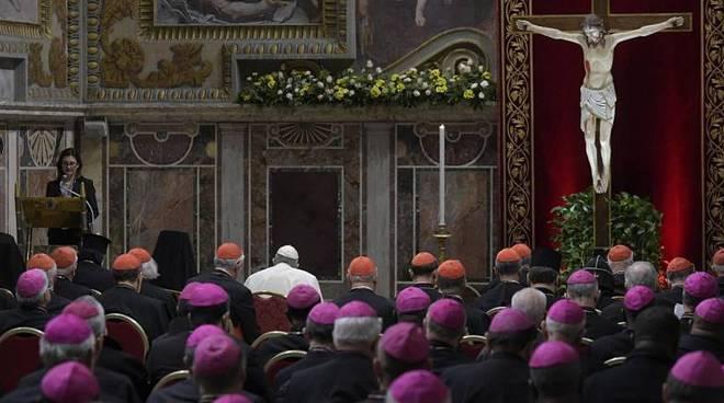 papa francesco sala regia liturgia penitenziale pedofilia