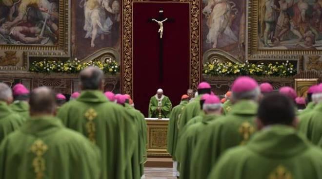 summit pedofilia messa sala regia papa francesco vaticano
