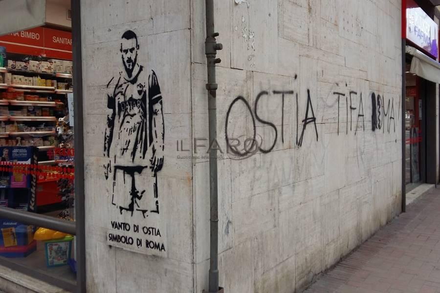"""A Ostia un murales dedicato a Daniele De Rossi, """"simbolo di Roma"""""""