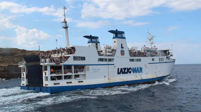 traghetto laziomar isole pontine