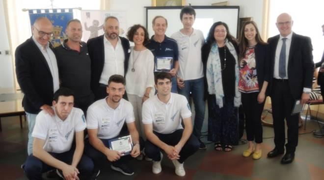 Formia, grande festa in Sala Sicurezza per la premiazione lo spadista neo campione d'Italia Andrea Russo