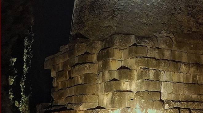 """""""Sotto una luce diversa"""": in arrivo a Formia le visite guidate notturne alla Tomba di Cicerone"""