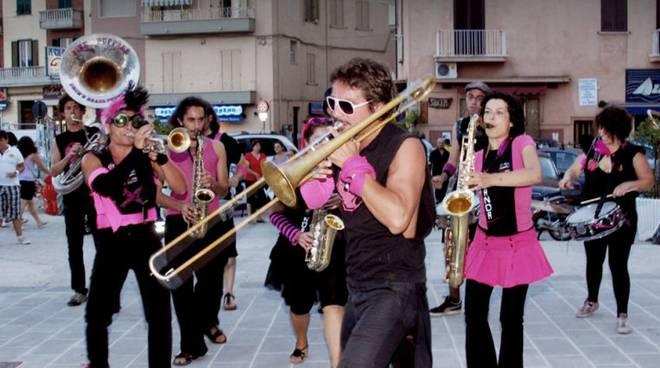 "Formia, torna ""Kebanda street band festival"""