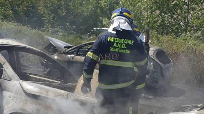 incendio auto via portuense