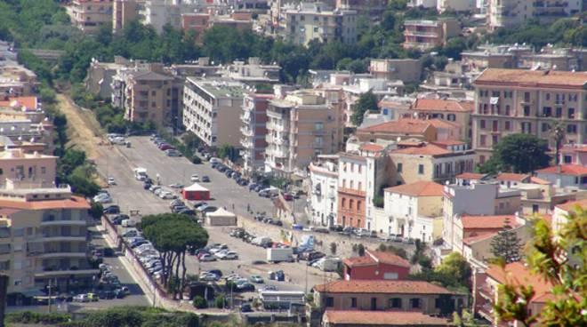 Piazzale vecchia stazione e via del Piano, a Gaeta regolamentata la sosta con disco orario