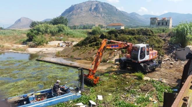 Terracina, completata la pulizia dello sgrigliatore di località Passerelle