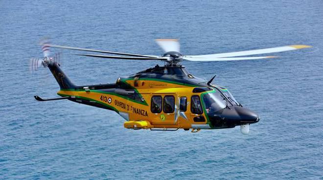 elicottero guardia di finanza gdf