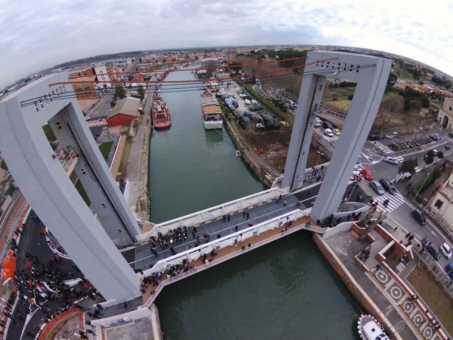 Ponte Due Giugno di Fiumicino