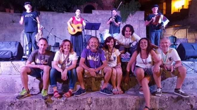 """Terracina, al via nel centro storico alto """"Fuori controllo"""", il festival delle arti performative"""