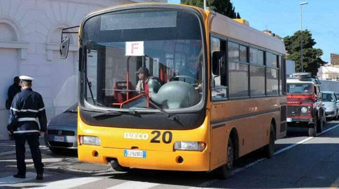 autobus cerveteri