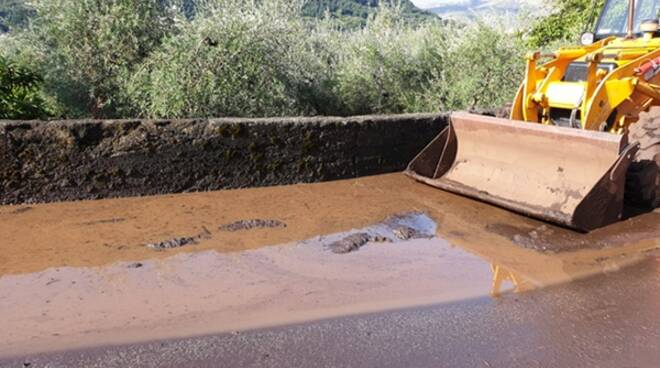 Bomba d'acqua a Formia: tra task force e polemiche