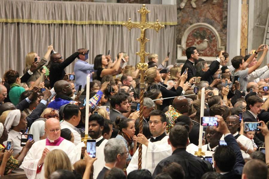 concistoro papa francesco creazione cardinali