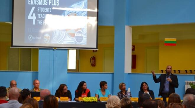 Erasmusday a Terracina, successo di pubblico per l'evento organizzato presso l'istituto Montessori