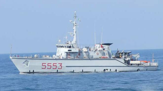 nave vieste marina militare