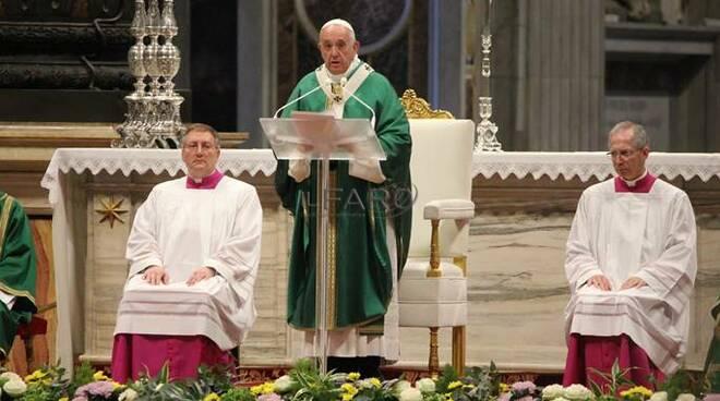 papa francesco messa chiusura sinodo