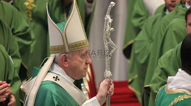 papa francesco messa missioni